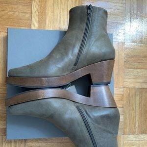 Coclico Keep shearling clog, size 40